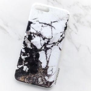 Accessories - NEW iphone 7/8/7+/8+ Black White Marble Soft Case